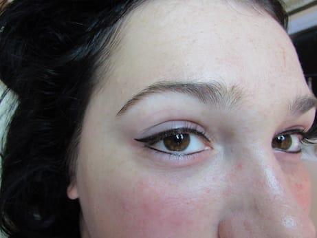 Permanentní make-up linky